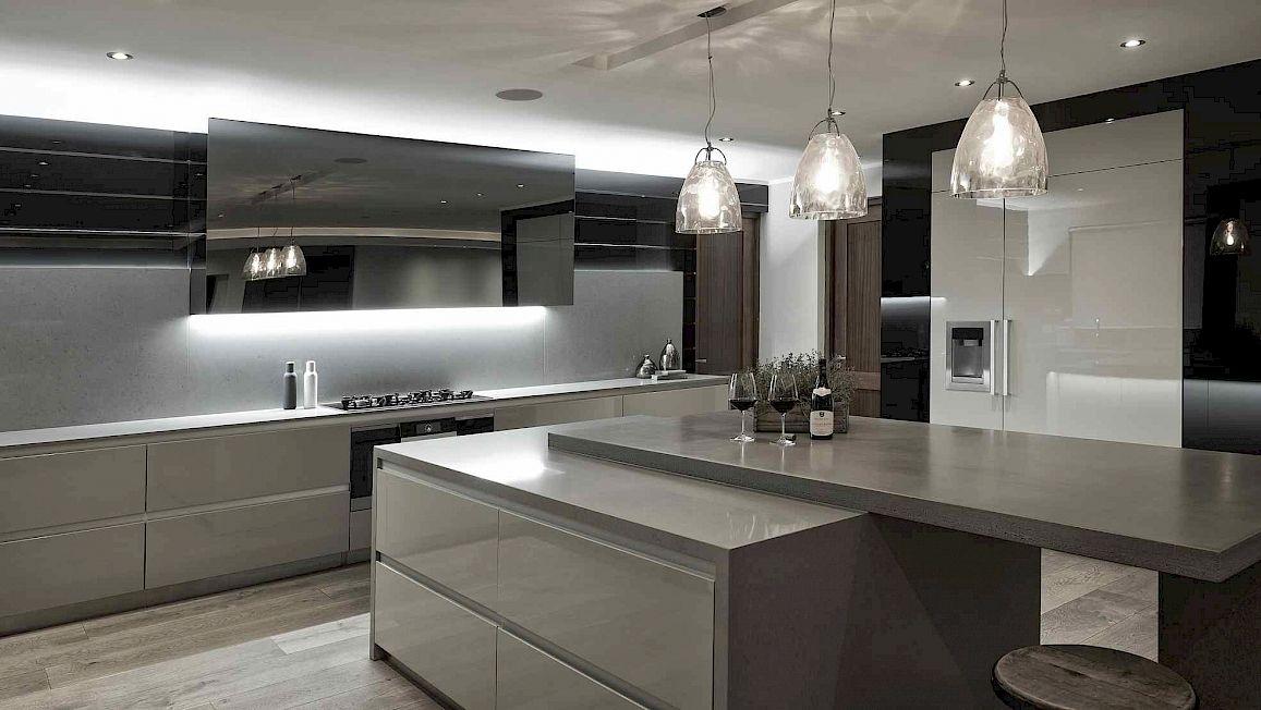wohntrend marmor moderne kcheneinrichtung fr eine luxurise. Black Bedroom Furniture Sets. Home Design Ideas