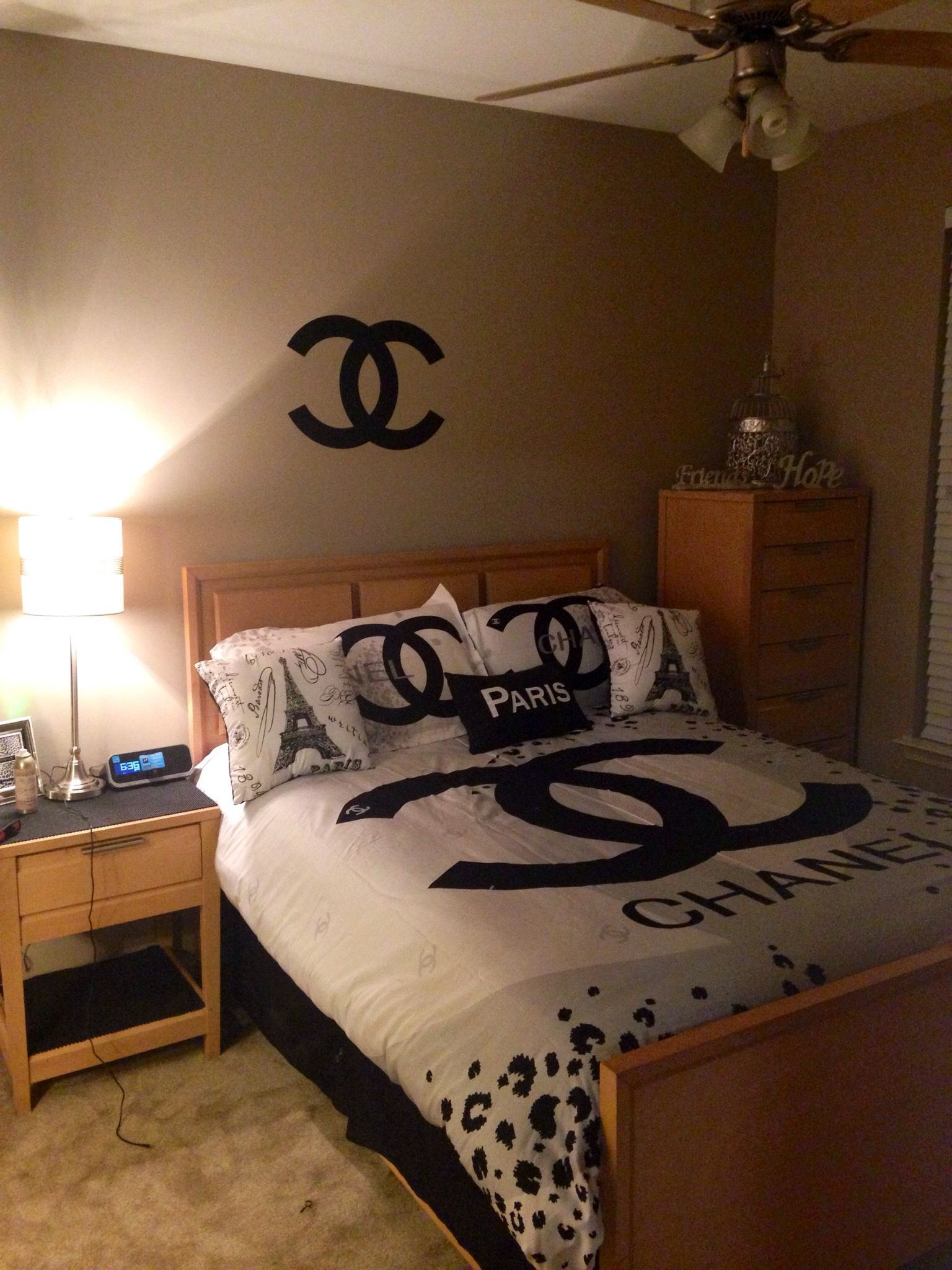 My chanel themed bedroom chanel home chanel for Apartment theme ideas