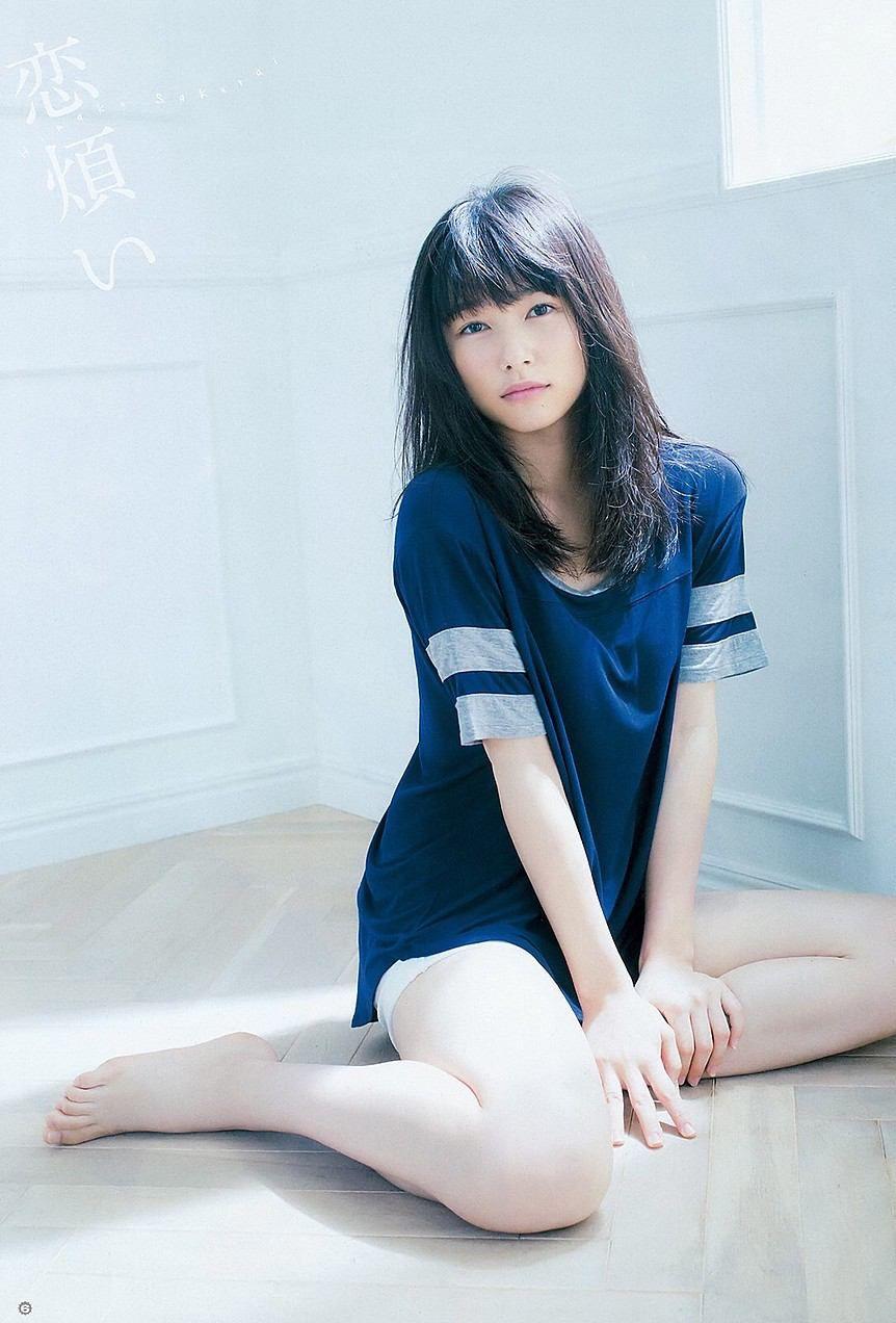 桜井日奈子さんの水着