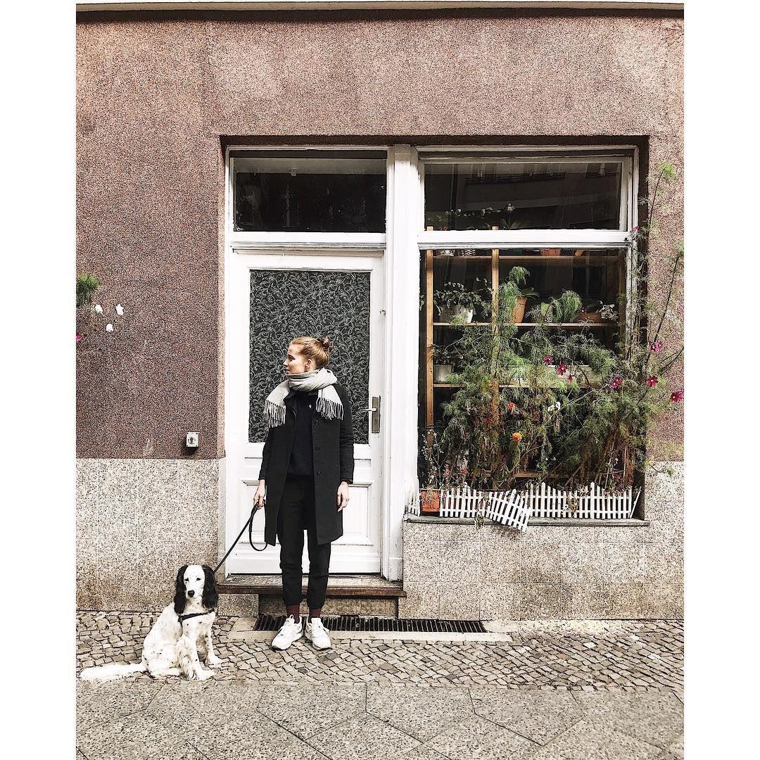 "352 gilla-markeringar, 1 kommentarer - CHRISTOPH 📍BERLIN-WEDDING (@i_love_you_wedding) på Instagram: ""Meanwhile in Wedding ___ #berlin #berlinwedding #doggystyle #saturdays #fleamarket"""