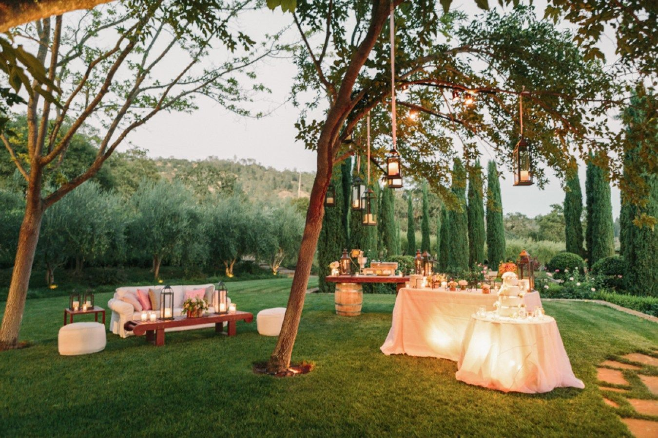 30+ Exellent Planning A Backyard Wedding Illustration ...
