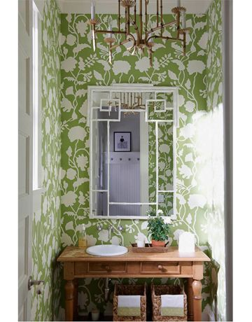 Bright green, boldly patterned wallpaper — Lysette Reverse in Palm Green on Tan, from China Seas | Design: Meg Braff, Photo: James Merrell | House Beautiful