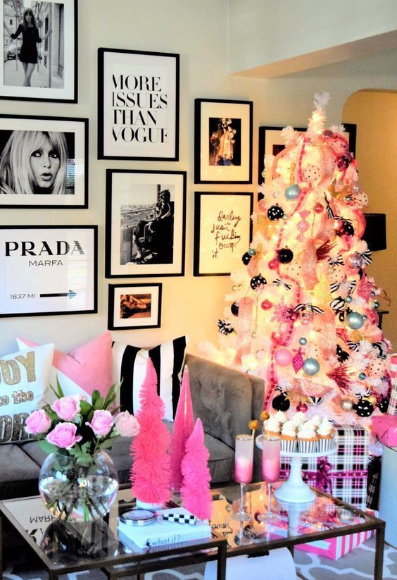 35 Trendy & Cozy Holiday Decorating Ideas images