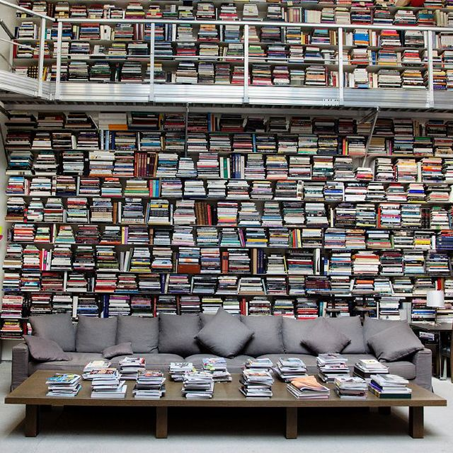 karl lagerfeld 39 s library chambre d 39 amis pinterest b cher bibliothek und haus. Black Bedroom Furniture Sets. Home Design Ideas