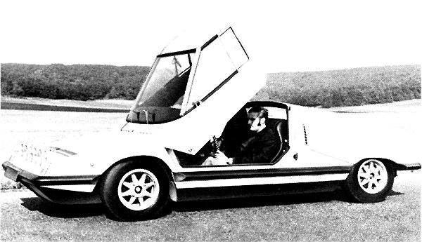 Hersteller Škoda Modell 110 Super Sport, typ 724 Baujahr 1971 Produktionsbeginn 1971 Produktionsende 1971 Aufbau coupe Anzahl der Türen 1 Anzahl der Sitzplätze 2 Lage des Motors in der Mitte Antriebsräder hinten Kraftstoff Benzin Anzahl der Zylinder reihen 4 Kühlung Flüssigkeit Hubraum 1107 cm³ Leistung [ kW / PS ] 54.0 / 73.0 bei 6250 U/min Dehmoment 81 Nm bei 5250 U/min  Getriebe M4 Leergewicht 898 kg Höchstgeschwindigkeit 180 km/h 0 auf 100 km/h 15.3 s