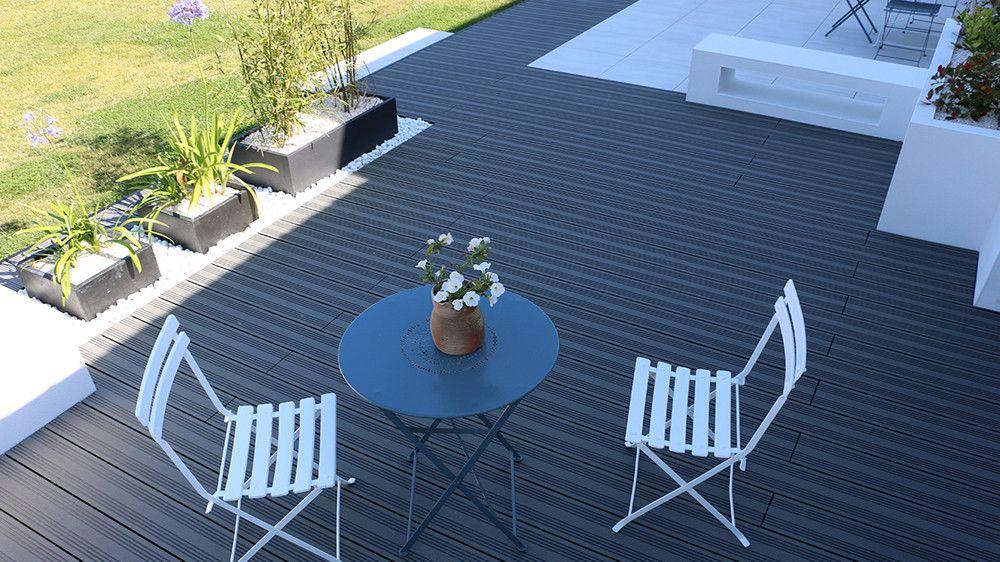 Avant Apres Moderniser L Espace Exterieur D Une Maison Traditionnelle Terrasse Composite Maison Traditionnelle Terrasse Bois
