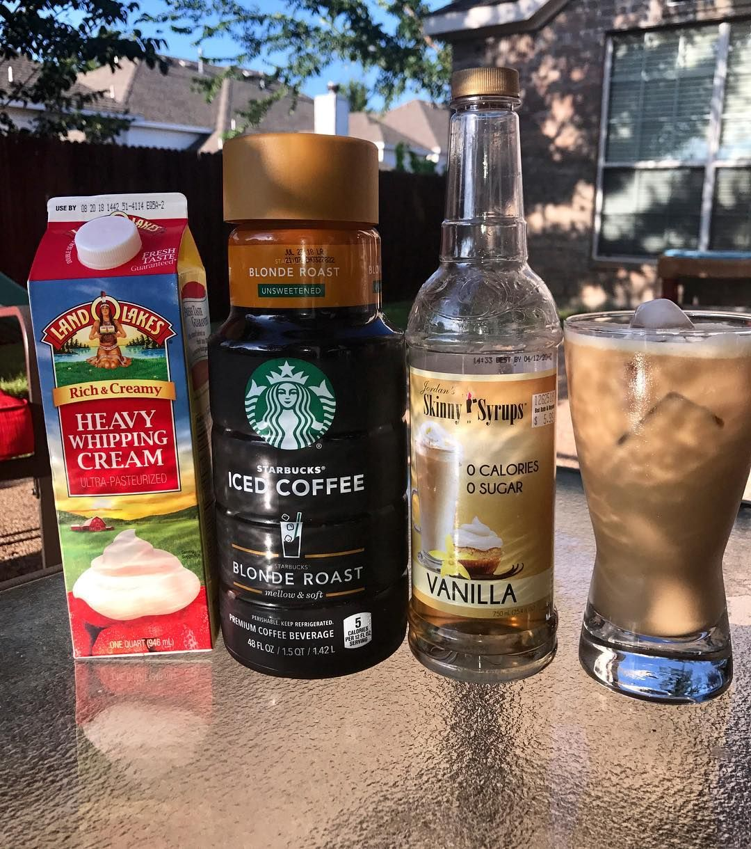 Any other iced coffee lovers out there? 🙋🏻🙋🏻 😍☕️ ️Well I
