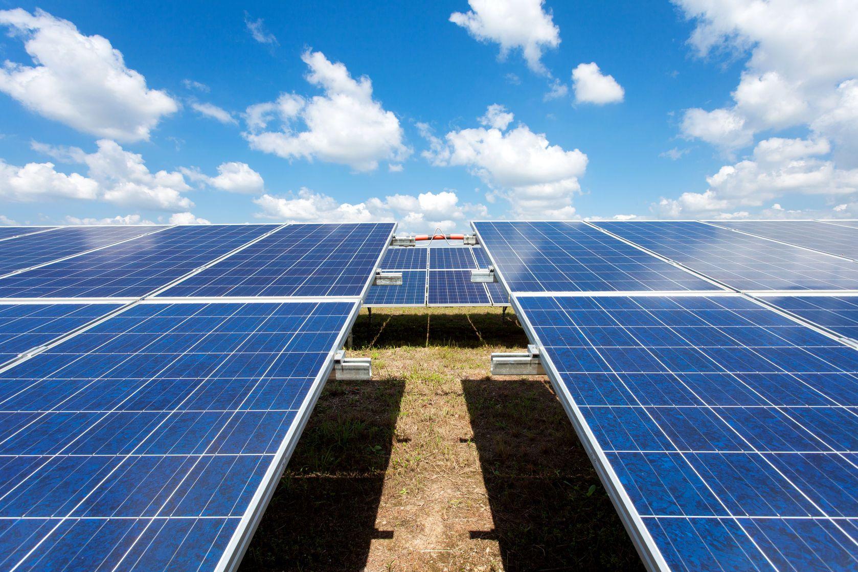 India Opens One Of The World S Largest Solar Power Plants Digital Trends Solar Farm Solar Energy Solar Power Plant