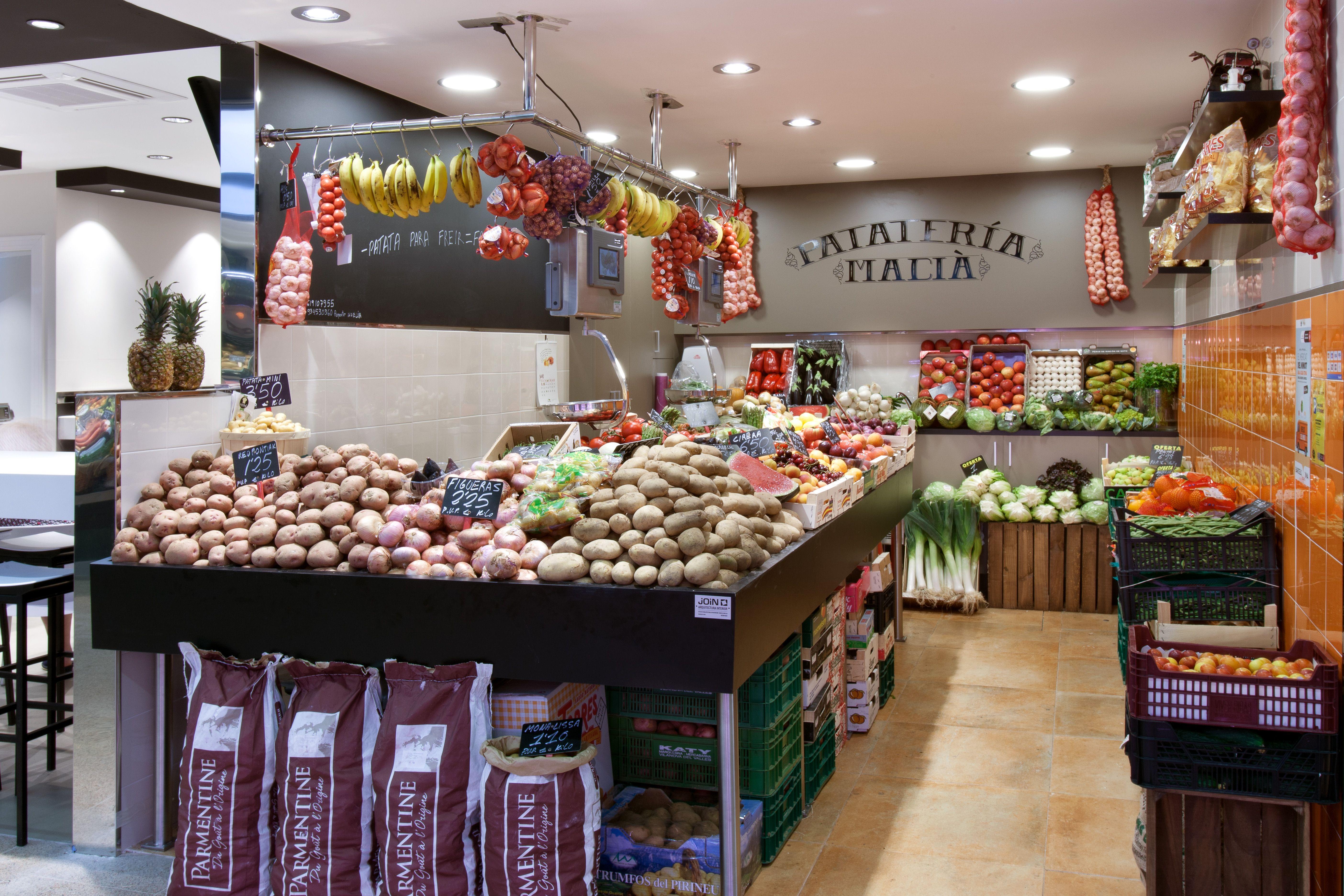 Paradas de mercado - Small store - potatoes shop - food markets ...