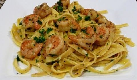 Fettucine with Shrimp in a Garlic-Lemon Sauce Recipe