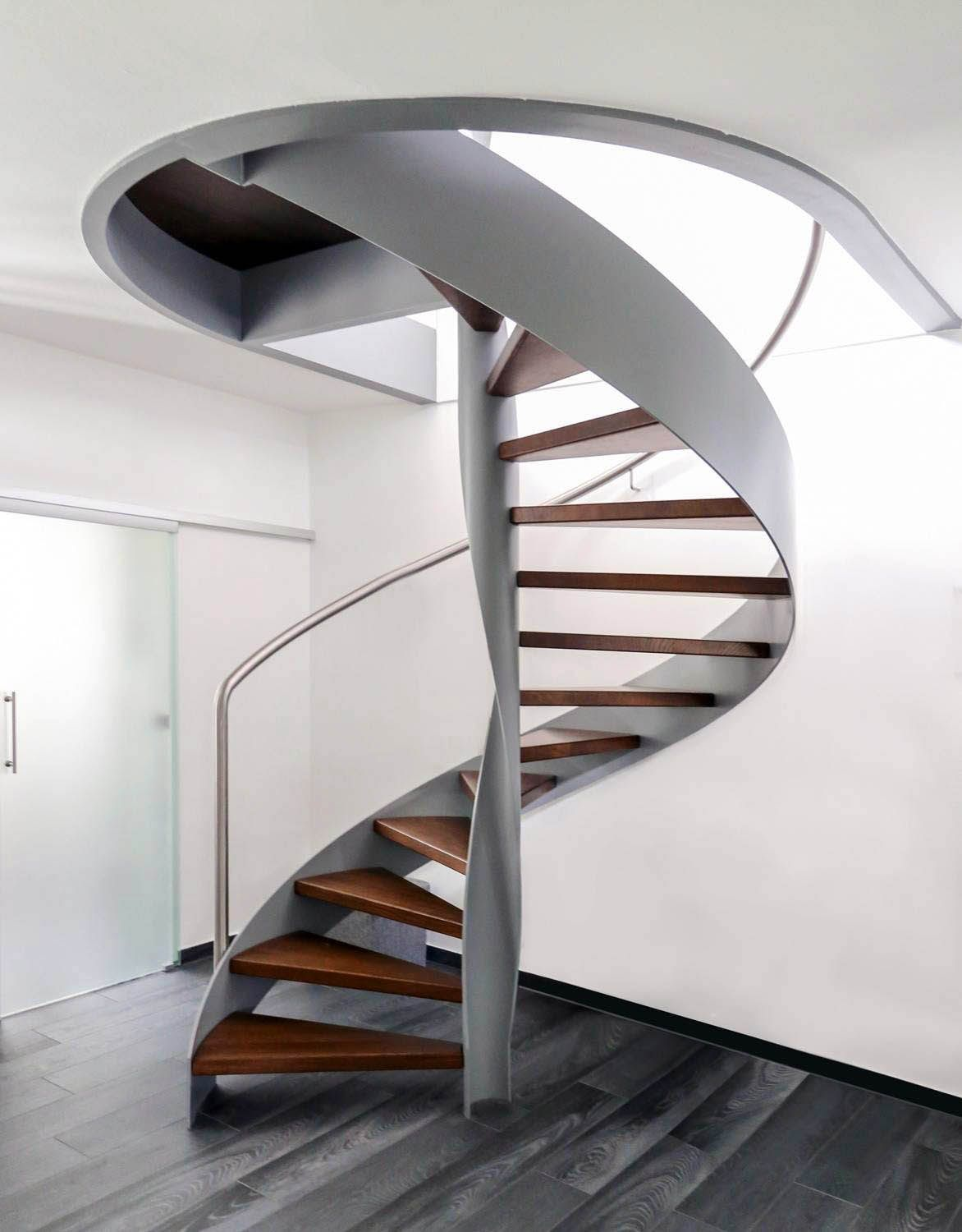 Best 13 Spiral Staircase Design Ideas For Small Spaces With 640 x 480