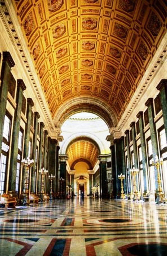 Interior Del Capitolio De La Habana