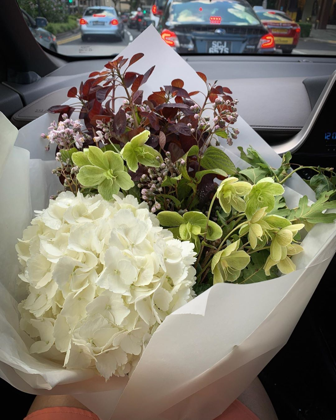 Bringing A Beautiful Bunch Of Flowers That I Picked Out At Grandiflora Dempsey For The Lovely Birthday Girl Birthday Birthdaygirl Fl Bunch Of Flowers Hydrangea Floral Arrangements