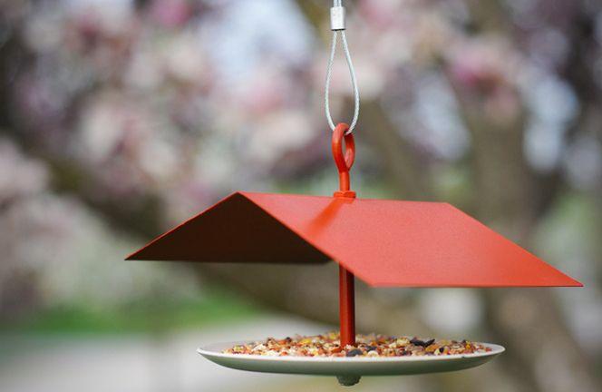 How To: Make a DIY Modern Bird Feeder » Curbly   DIY Design Community