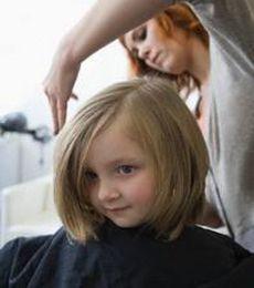 Cara Memotong Rambut - Model Rambut Terbaru  7a6bbf5de5