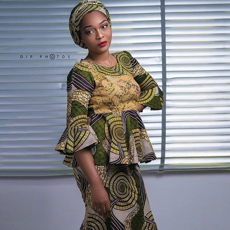 There are several ways to enable oneself look fabulous with an Ankara fabric, Even if you are reasoning on what to make and slay with an aso ebi style. Nigerian Yoruba dress styles for outings arrive in a good many patterns and designs.   The Ankara dress styles beauty of this print is that it comes in many designs and textures. Ankara will permit you make a grant of any fabric without losing the Ankara dress styles flair. #nigeriandressstyles