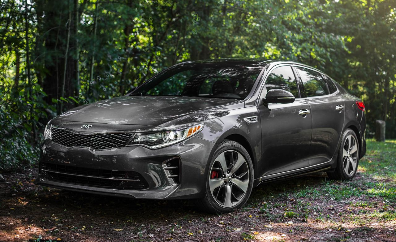 Two eco friendly options are available on the 2017 Kia Optima near
