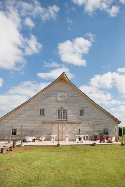 Bold Oklahoma Wedding At The McGranahan Barn