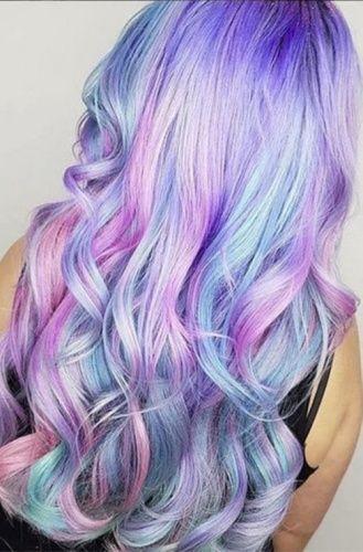 Zehn Regenbogen Frisuren Um Jetzt Solidaritat Zu Zeigen Farbe Fur Haare Bunte Haare Meerjungfrauenhaar
