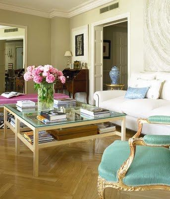 Cristina Valls Taberner home in Nuevo Estilo VT Interiors - Library of Inspirational Images: Happy Weekend