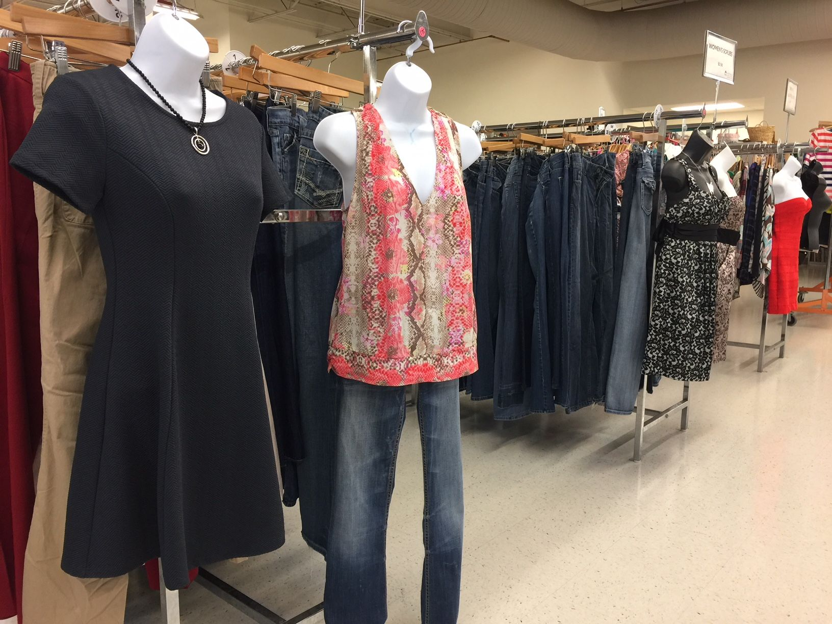Great Selection Of Clothing Used Clothing