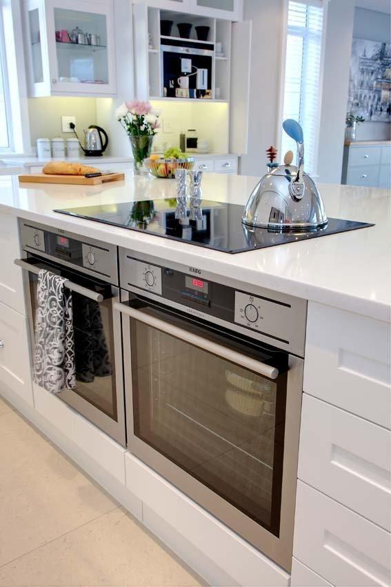 White Kitchen Two Ovens Keuken Interieur Keukens Keuken