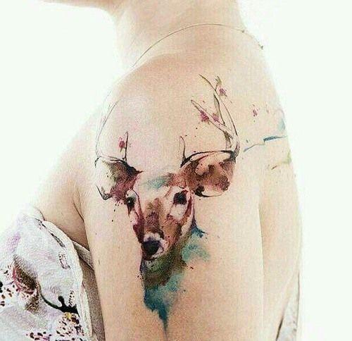 tatouage aquarelle bras cerf   tattoos   pinterest   tattoos