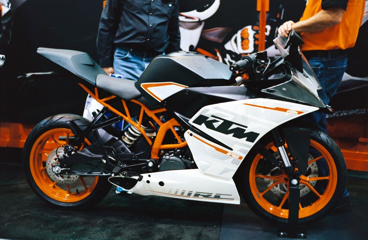 Ktm Duke Rc 200 Price In Nepal And Top Speed Images Features