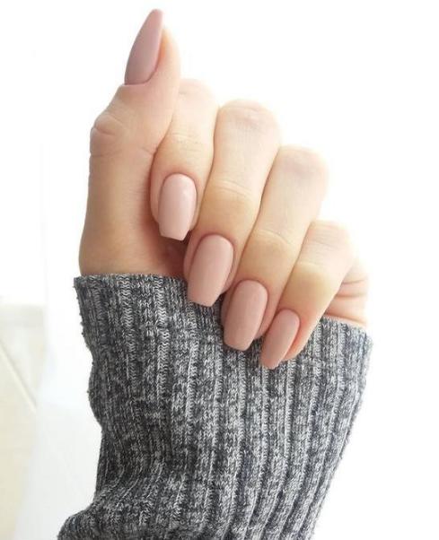 Tips para que el esmalte en tus uñas dure días y días