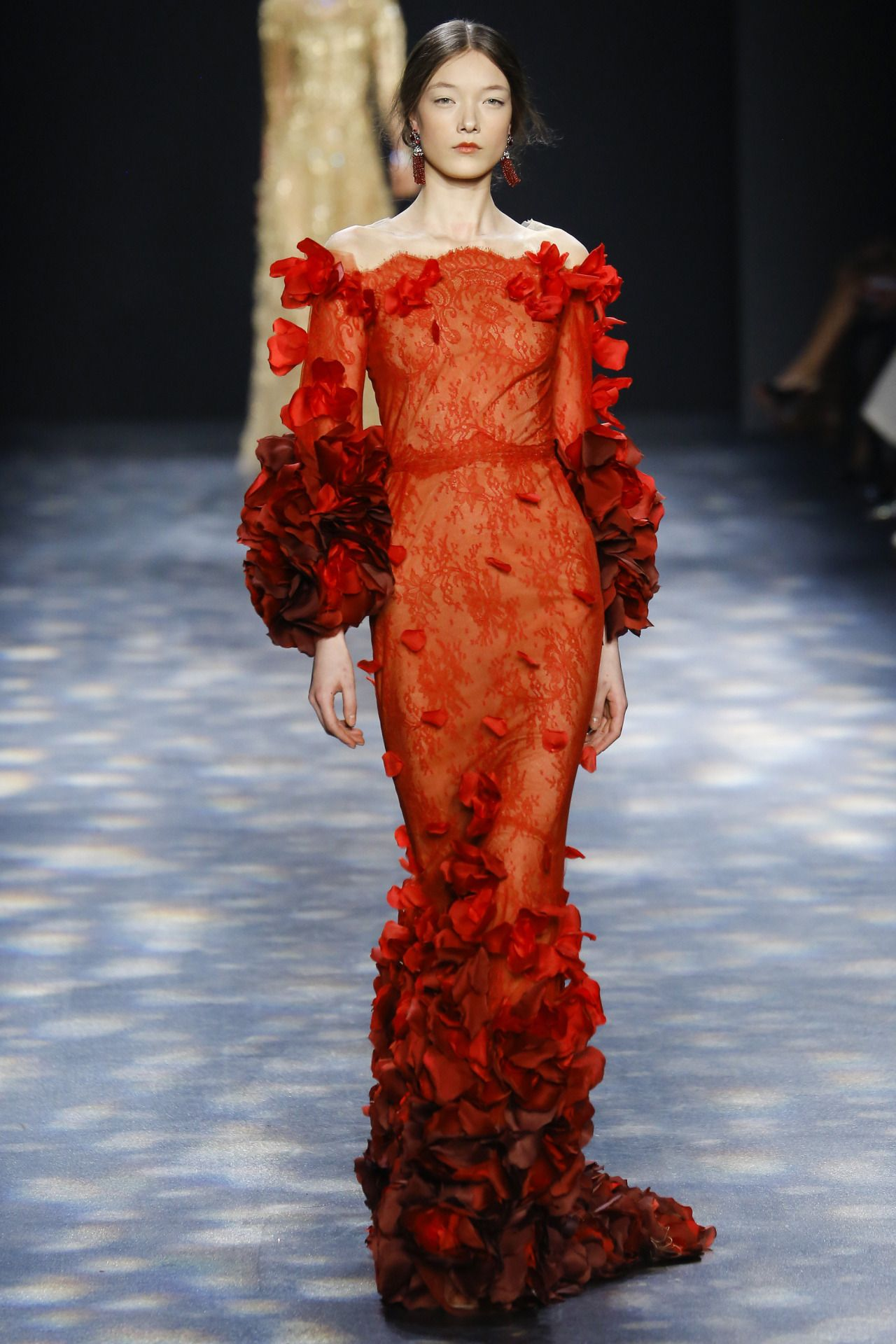 Katy Perry Roter Teppich Marchesa New York Fashion Week Fall 2016 Lachs Coral