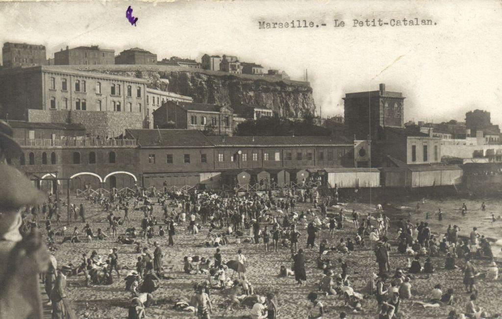 Détails sur CPA Marseille Le PetitCatalan (6422