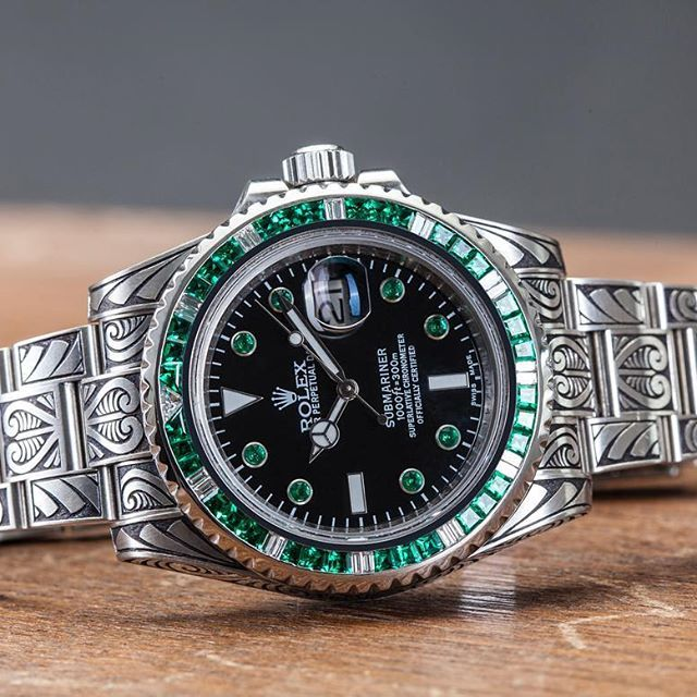 906713a3673 Fully engraved and customized with emerald Rolex Submariner. Unique piece  by WatchCraft Collection.  watchcraft  watchcraftcollection  rolex   submariner ...