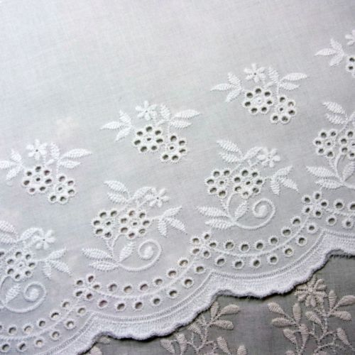 1 Yard Embroidery Cotton Eyelet Lace Trim Flowers White 6 7 17cm