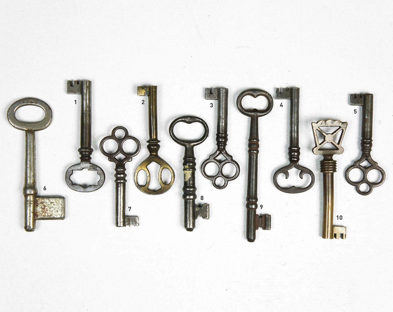 Vintage Ornate 1800 S Skeleton Key Old Keys Skeleton Key Vintage Skeleton Keys