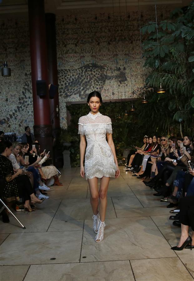 Tuvanam Bridal Exclusive For Davet Cok Elbisem Yok The Dress Elbise Elbiseler