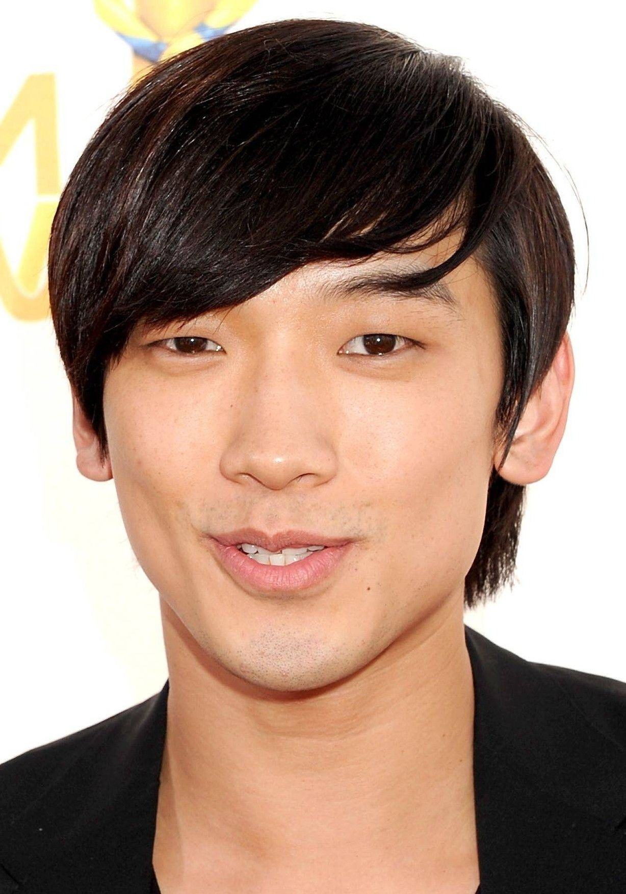 15 Remarkable Asian Hairstyles for Men