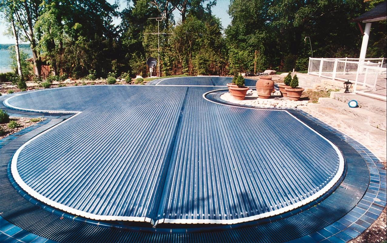 free form pool cover  free form automatic rigid slated pool cover Covertech Grando ...