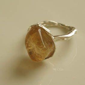 自由なカタチの天然石で|ハンドメイド、手作り、手仕事品の通販・販売・購入ならCreema。