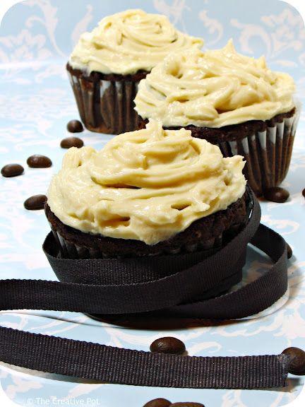 thai iced coffee cupcakes