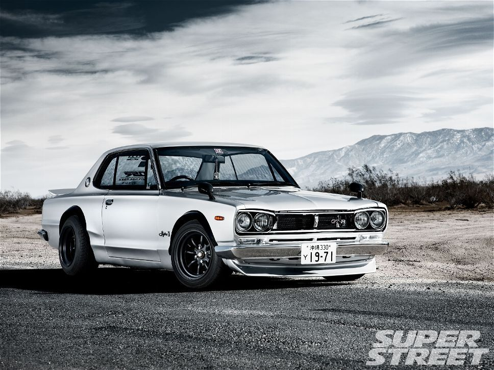 by far the prettiest Datsun 510 conversion i have ever laid