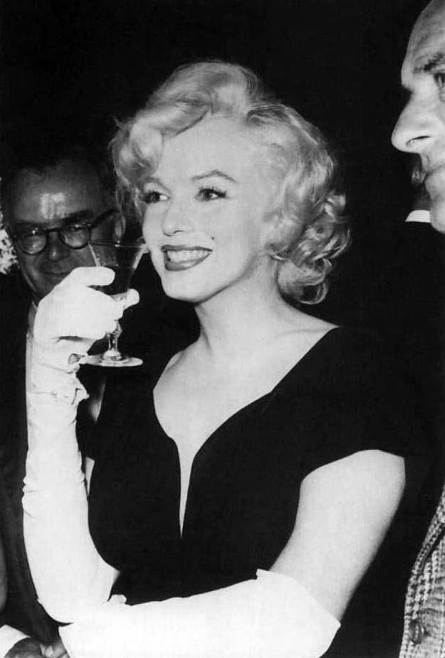 Записки скучного человека - Marilyn Monroe and the Camera: бесконечный материал. Часть 130