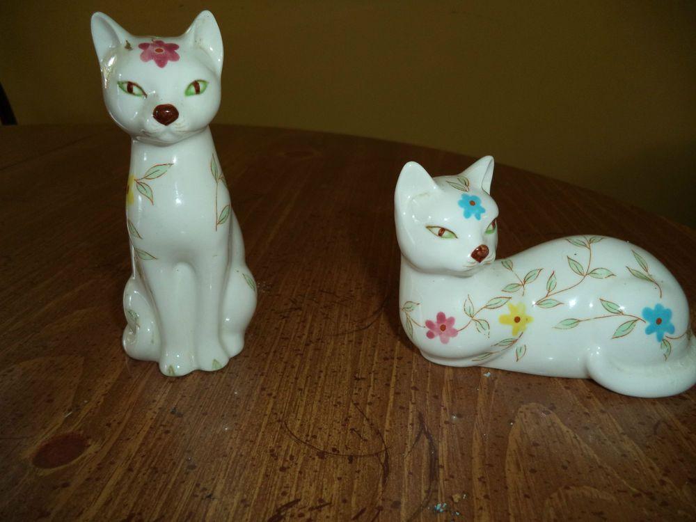 Vintage Enesco cat salt pepper shakers, detailed painted flowers;