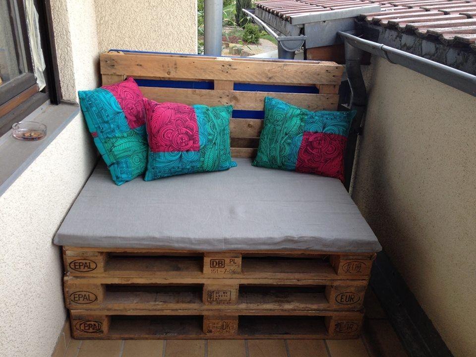 3 europaletten auf den boden 1 flaschenpalette als r ckwand 1 schaumstoff im fachgesch ft. Black Bedroom Furniture Sets. Home Design Ideas