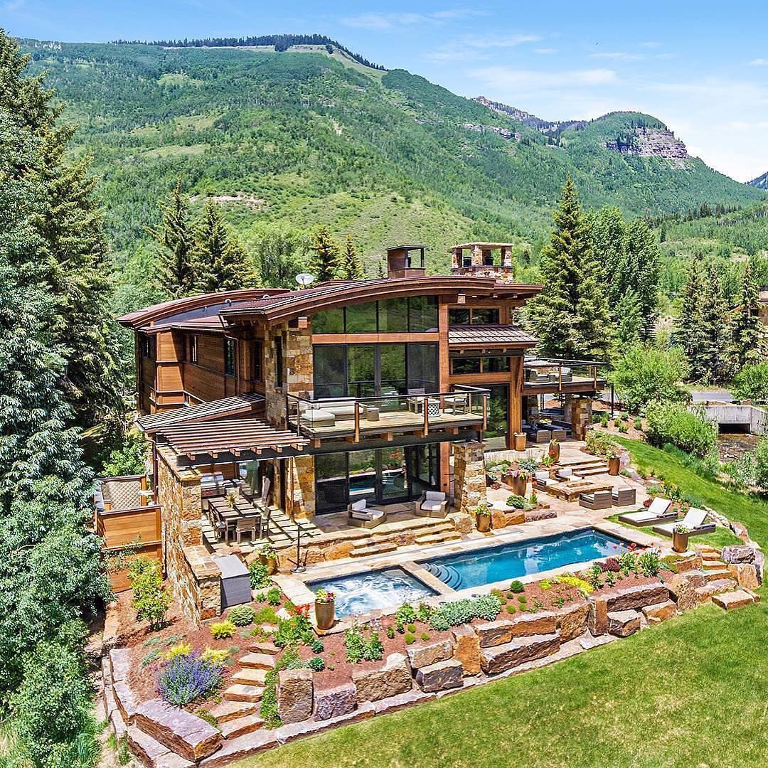 Happy New Year Beautiful House In The Mountains Of Colorado