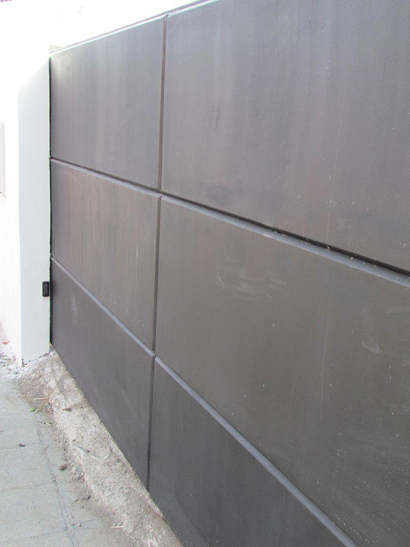 Puerta corredera en chapa plegada portones con dise o - Puerta chapa galvanizada ...