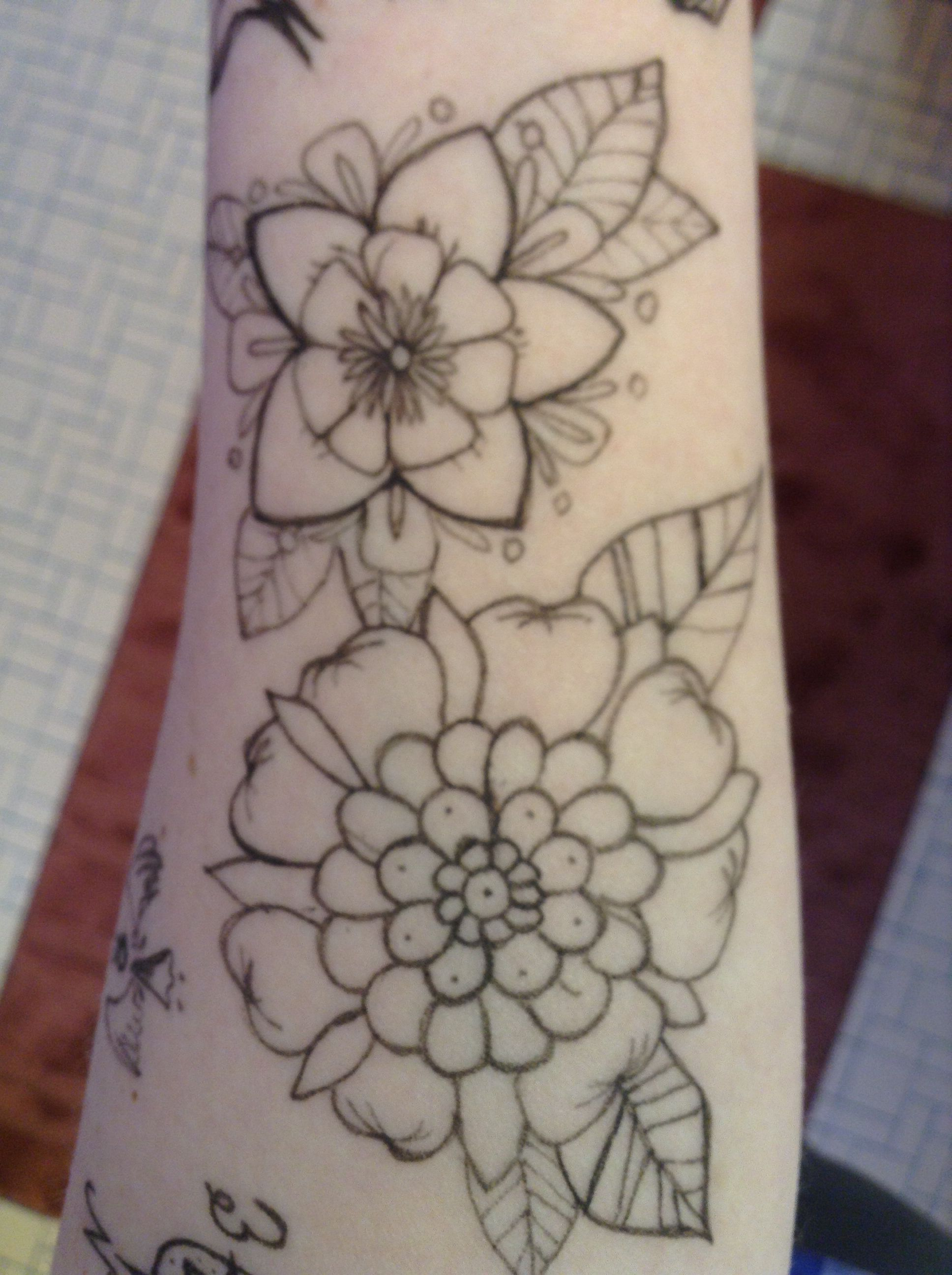 Doodles on arm video