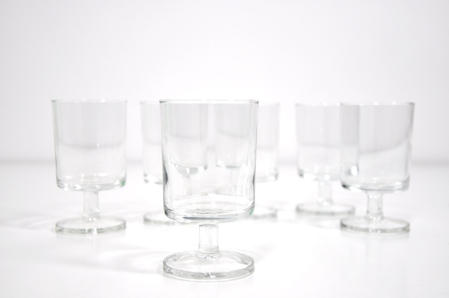 verre vin cavalier luminarc ann es 70 mobilier vintage bel ordinaire glassware. Black Bedroom Furniture Sets. Home Design Ideas