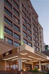 حجوزات فندق كراون بلازا الخبر Hotel Building Saving Money