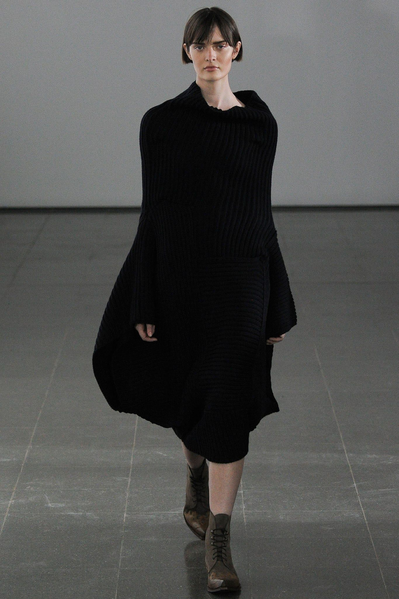 Joseph Fall 2014 Ready-to-Wear Fashion Show - Sam Rollinson