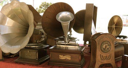 Gramophones #TuscanyAgriturismoGiratola